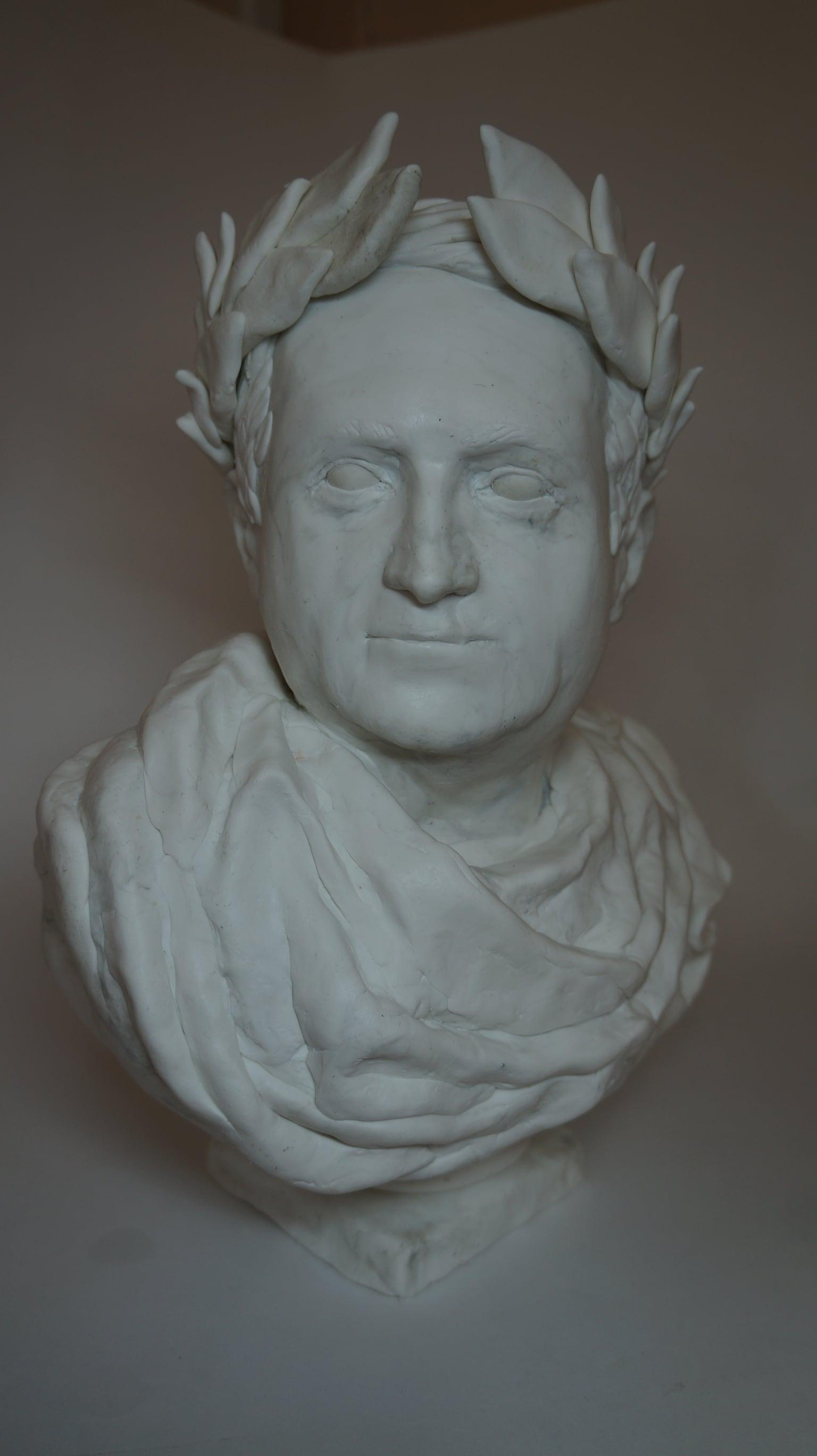 Бюст по фото Цезарь 40 см