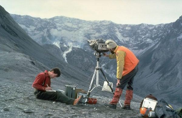 что подарить геологу на день рождения