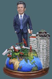 Vip подарок нефтянику по фото «Президенту корпорации» 35 см - фото 1
