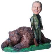 Подарок охотнику «Крутой трофей с медведем» - фото 1