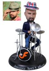 Подарок барабанщику «В зажигательном ритме» 20см. - фото 1