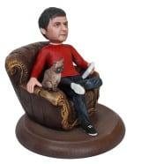 Подарок мужчине «В кресле с кошкой» 20см. - фото 1