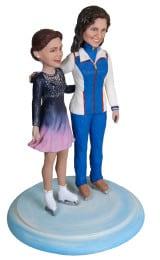 Подарок фигуристке с тренером «Ледяные просторы» 30 см. - фото 1