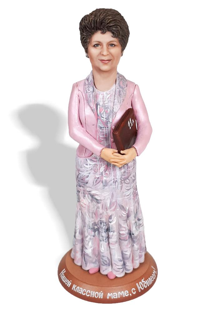 """Портретная статуэтка учительнице """"Классная мама"""", 30 см. от 19 700 руб"""