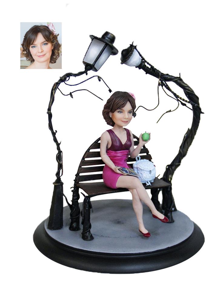 """Портретная статуэтка девушке """"Тихий отдых"""", 20 см. от 17 700 руб"""